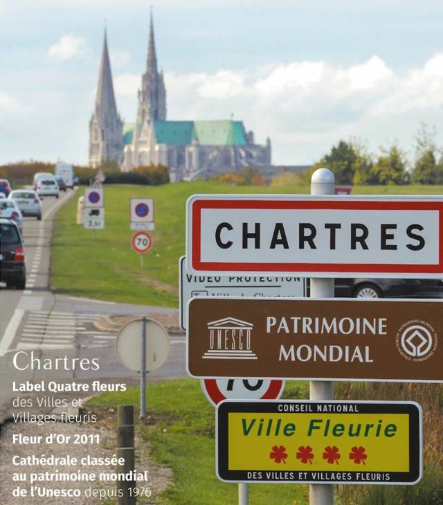 https://intensite.net/2009/sites/default/files/styles/large/public/field/image/chartres_ville_fleurie.jpg?itok=MGwD0zxJ