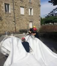 Alençon – pose du barrage anti-inondations (Photo Sécurité Civile)